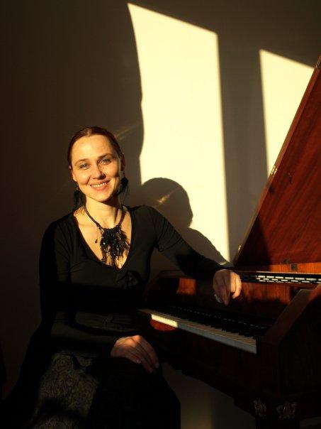 Veronika Lovranová, piano