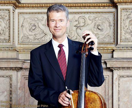 Robert Nagy, violončelo