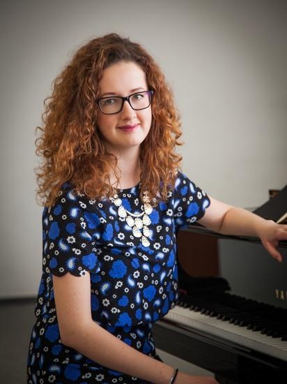 Klára Varsamisová, klavír