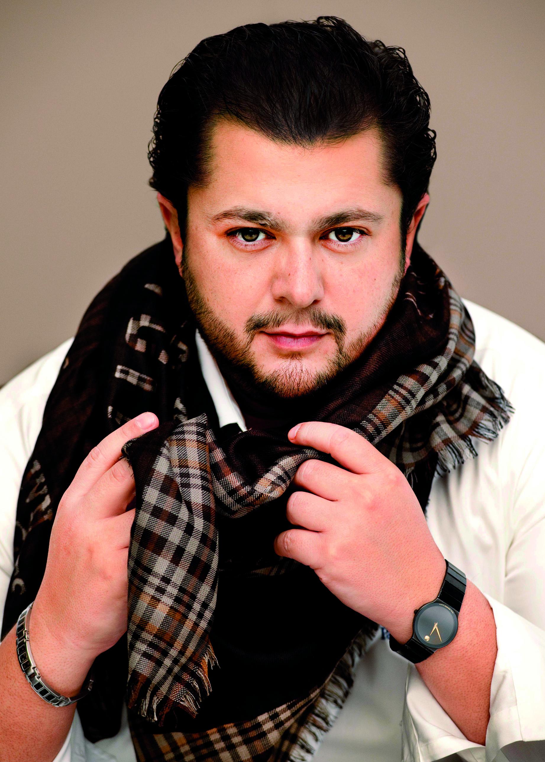 Celso Albelo, tenor
