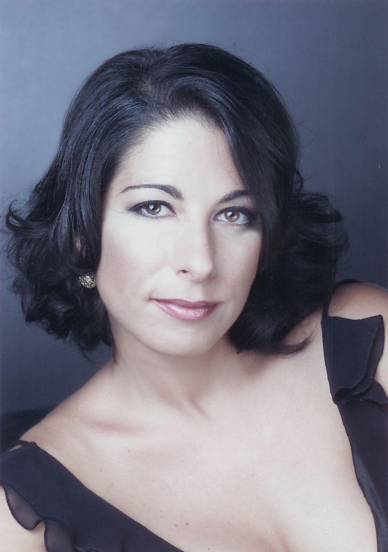 Laura Polverelli, mezzosoprán